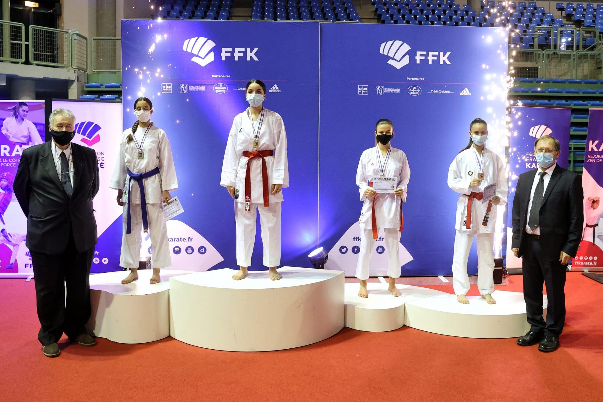 Amel podium_n